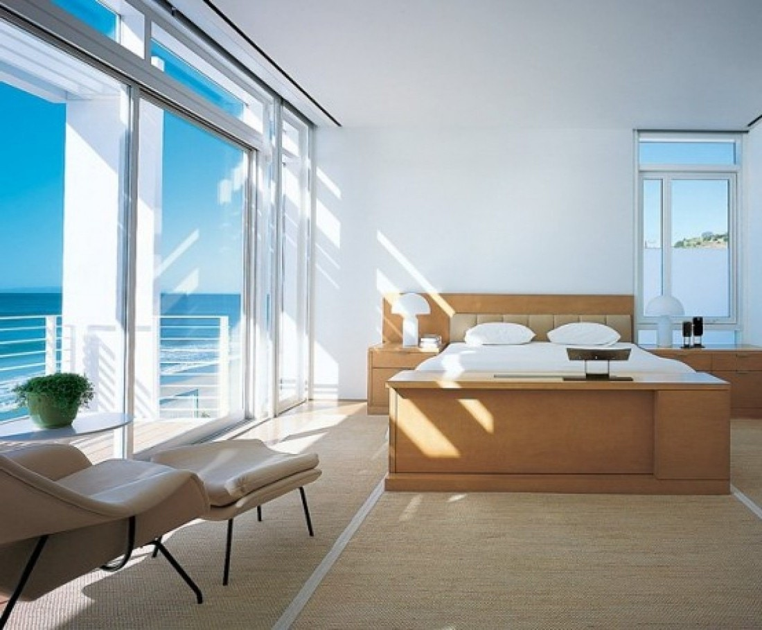 beachhouse_bedroom_adult